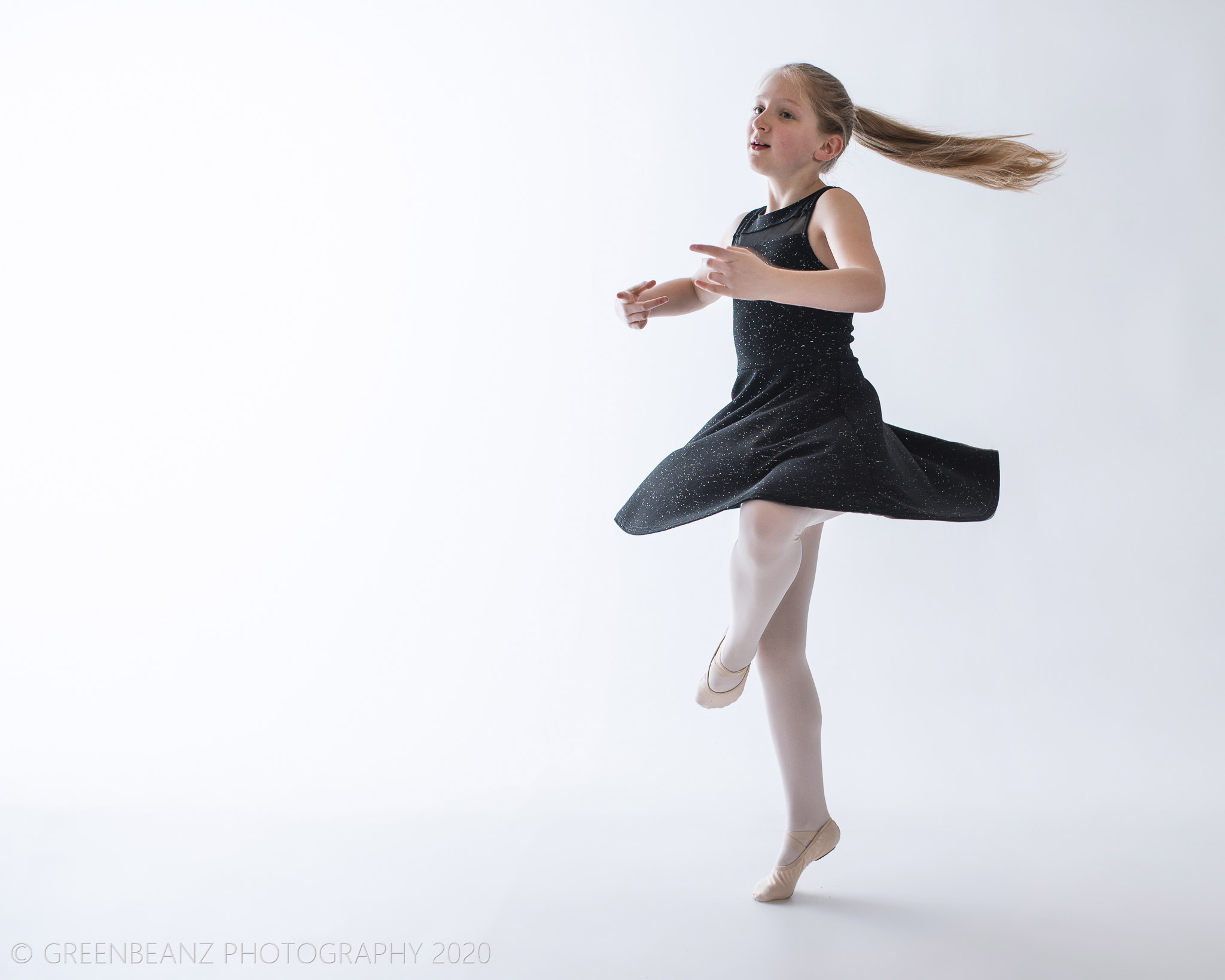 Plymouth Family Portrait photographer captures Dancer Anastasia
